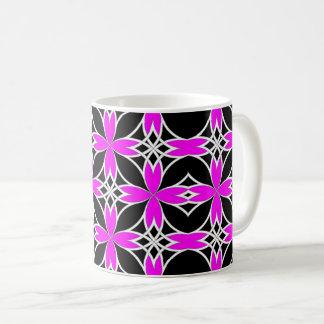 Widergespiegelter Celtic (Rosa umgewandelt) Kaffeetasse