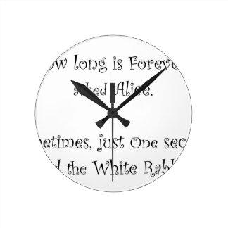 Wie lang für immer Alice ist Runde Wanduhr
