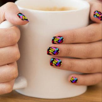 Wilde Feder-wilde Farben auf Schwarzem Minx Nagelkunst