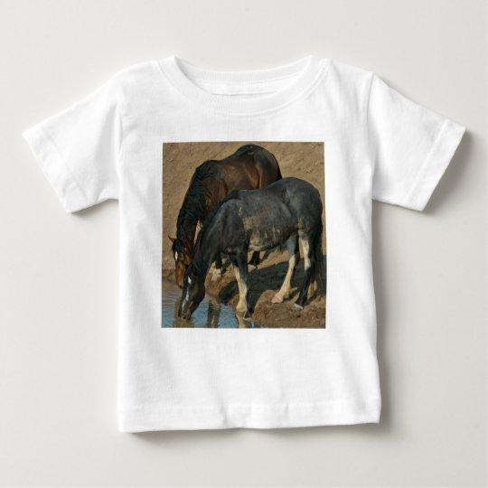 Wilde Pferde Baby T-shirt