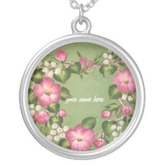 Wilder RoseWreath Versilberte Kette