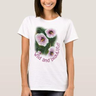 Wilder und schöner grundlegender T - Shirt