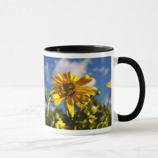 Wildes Gänseblümchen-Blumen-Foto Tasse