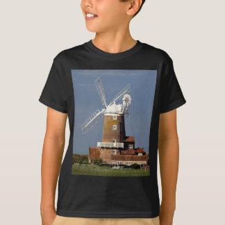Windmühle bei Cley, Nordnorfolk T-Shirt