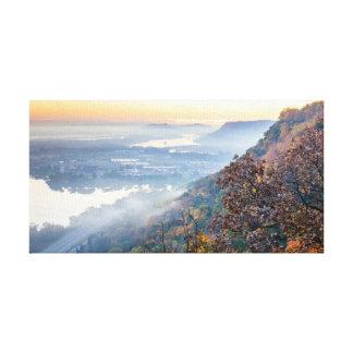 "Winona Herbst-Sonnenaufgang 15.5x8 .75"" Leinwanddruck"