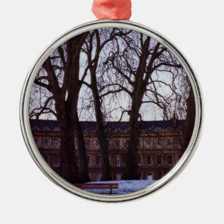 Winter im Bad Silbernes Ornament