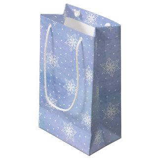 Winter-lila blauer Himmel-weiße Kleine Geschenktüte
