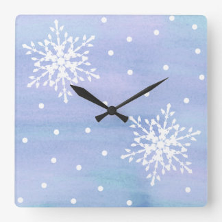 Winter-lila blauer Himmel-weiße Quadratische Wanduhr