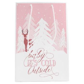 Winter Onederland Baby ist es kalte äußere Mittlere Geschenktüte