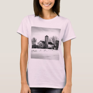 Winter-Schutz-Scheune T-Shirt