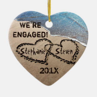 Wir sind verlobte zwei Herzen in der Keramik Herz-Ornament