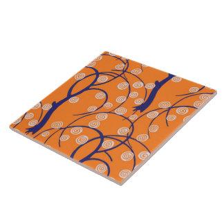 Wirbel mit Baum-Retro Vintager Tapete Große Quadratische Fliese