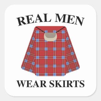 Wirkliche Herrenbekleidung-Röcke Quadratischer Aufkleber