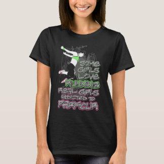 Wirkliche Mädchen tun Parkour lustigen T - Shirt
