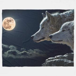 Wölfe in der Mondschein-Fleece-Decke, groß Fleecedecke