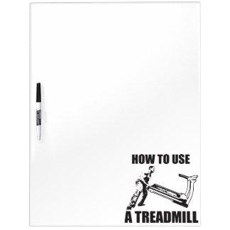 Workout-Spaß - wie man eine Tretmühle benutzt Whiteboards