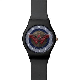 Wunder-Frauen-Symbol über konzentrischen Kreisen Uhr