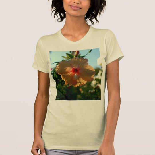 Wunderbarer Hibiskus T-Shirt
