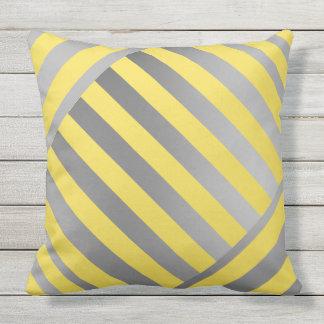 Wurf Kissen-Entwurf in den gelben u. grauen Kissen