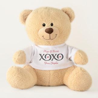 XOXO umarmt u. küsst Teddybären Teddy