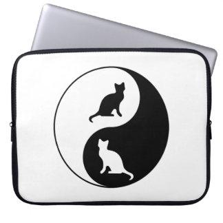 Yin und Yang-Katze Laptopschutzhülle