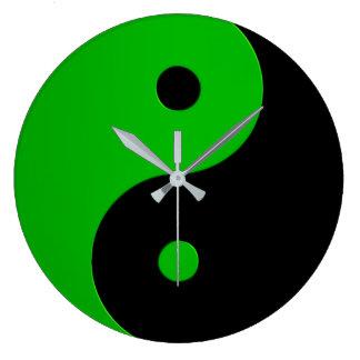 Yin Yang Uhr in Kellygrün und -SCHWARZEM