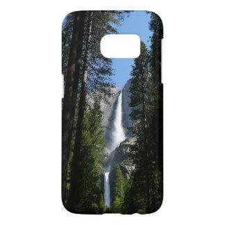 Yosemite- Falls und Holz-Landschaftsphotographie