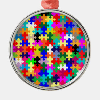Zackige Stücke in der Farbe Rundes Silberfarbenes Ornament