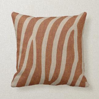 Zebra-Streifen in gebrannter Orange auf Kissen