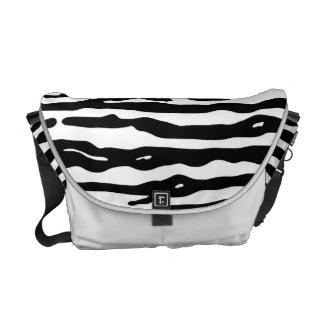 Zebra-Tierdruck-Schwarz-weißes Streifen-Muster Kuriertaschen