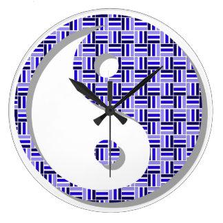 Zeit für Balance: Yin und Yang Große Wanduhr