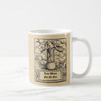 """""""Zeit wartet keins"""" personalisiertes Kaffeetasse"""