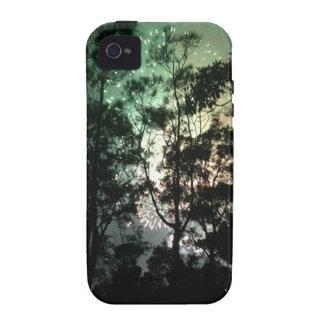 Zellentelefonkasten - Baum-Silhouettefeuerwerke Vibe iPhone 4 Hüllen