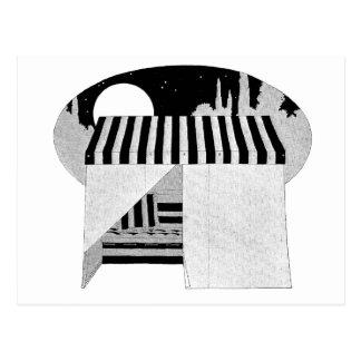 Zelt-Abdeckung über Couch-Hängematte Postkarte