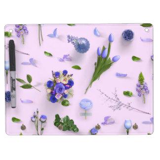 Zerstreute Blumen lila Trockenlöschtafel Mit Schlüsselanhängern