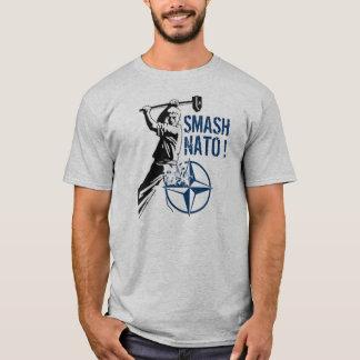ZERTRÜMMERN-NATO! T-Shirt