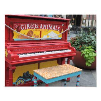Zirkustier-Klavier Photos