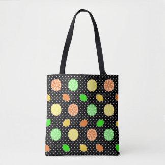 Zitrusfrucht-Glück im Schwarzen Tasche