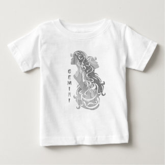 Zodiaque argenté de jumeaux de Gémeaux Tee Shirts