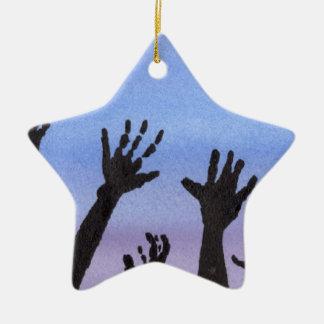 Zombie-Hände an der Dämmerung Keramik Stern-Ornament
