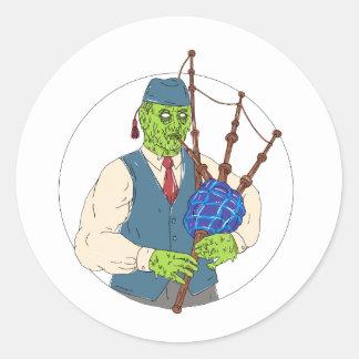 Zombie-Pfeifer, der Dudelsack-Schmutz-Kunst spielt Runder Aufkleber