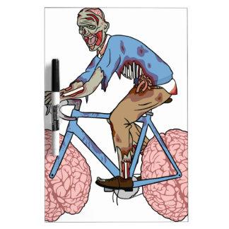 Zombie-Reitfahrrad mit Gehirn-Rädern Trockenlöschtafel