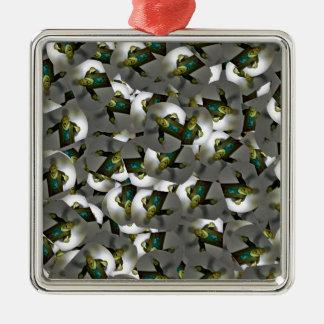 Zombiespielzeugentwurf Halloween-Geschenke Quadratisches Silberfarbenes Ornament