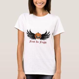 Zuerst im Schrecken-Team-Kleid T-Shirt