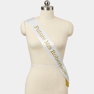 Zukünftige Frau Bride Gold weißen eleganten Brid Schärpe