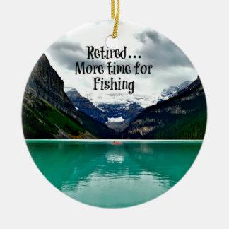 Zurückgezogen… mehr Zeit für die Fischerei Rundes Keramik Ornament