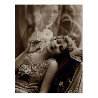 Zwanzigerjahre Kunst-Deko-Frauen-rauchende Postkarte