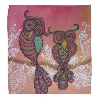zwei Eulen auf rosa Bandanna Halstuch