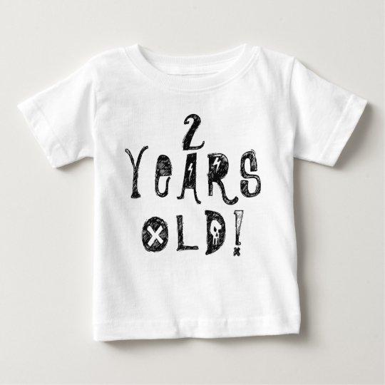 zwei Jahre Babyschädel-Felsen des alten Baby T-shirt