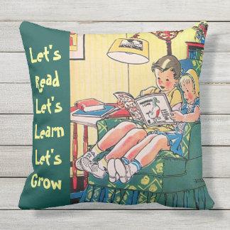 Zwei Kinderlesebuch-Zuhause-Bibliotheks-Lernen Kissen